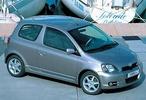 Toyota Yaris: Малыш и Карлсон